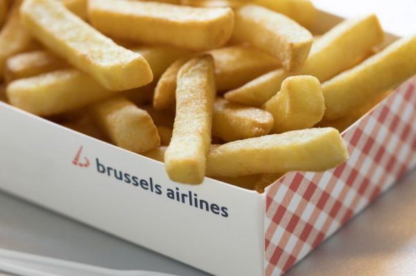 Brussels Airlines serves fries