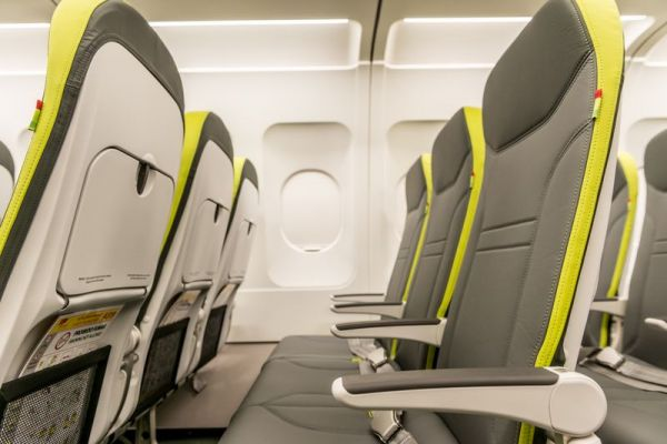 TAP Air Portugal Airbus A319 Economy Class